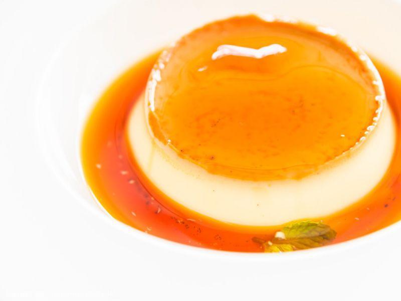 Nudelpudding mit Orangensauce